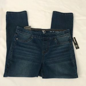 new directions Jeans - NWT New Directions pull on skinny capri